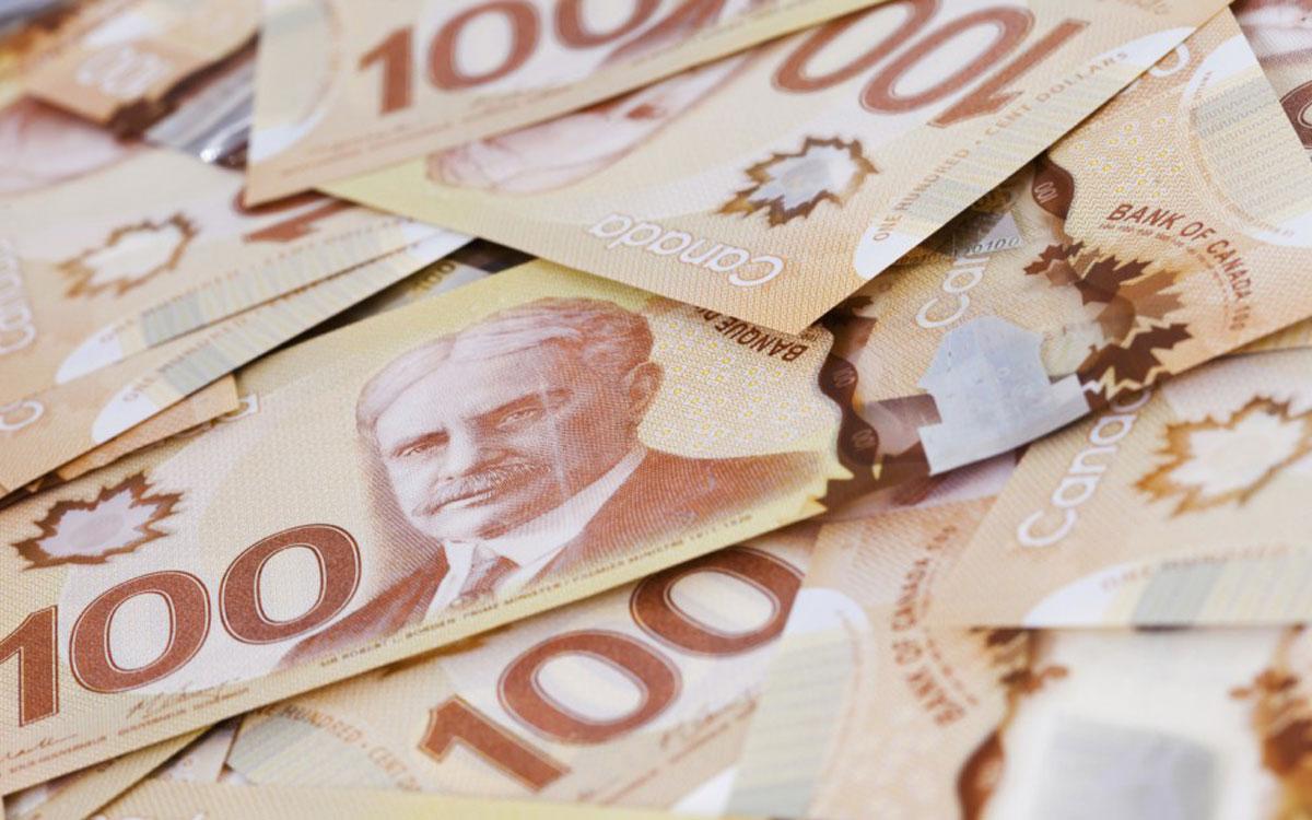 Canadian hundred dollar bills