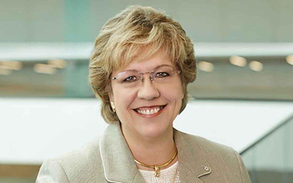 Janet Ecker