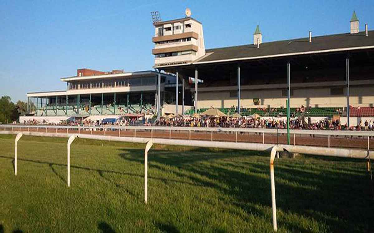 fort erie track