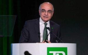 Bank CEOs Fear Tarnished `Brand Canada' in Competitiveness Slide