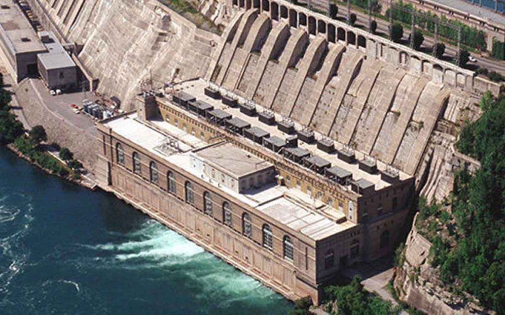Sir Adam Beck Hydroelectric Generating station in Niagara Falls.