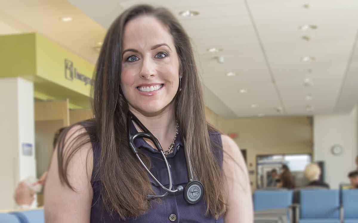 Dr. Melanie Senechal