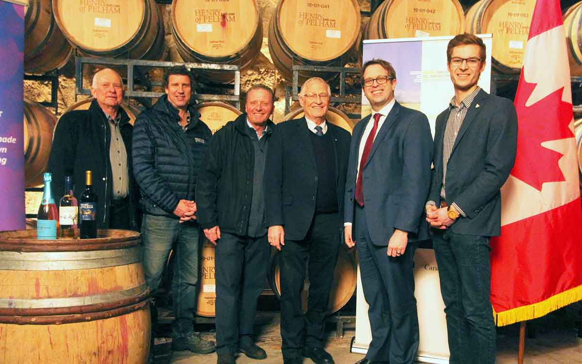 Wine industry leaders and politicians at Pelham Estates Winery