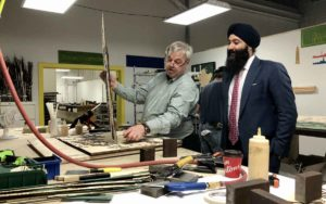 Minister for Small Business holds soft launch of province-wide consultation in Niagara