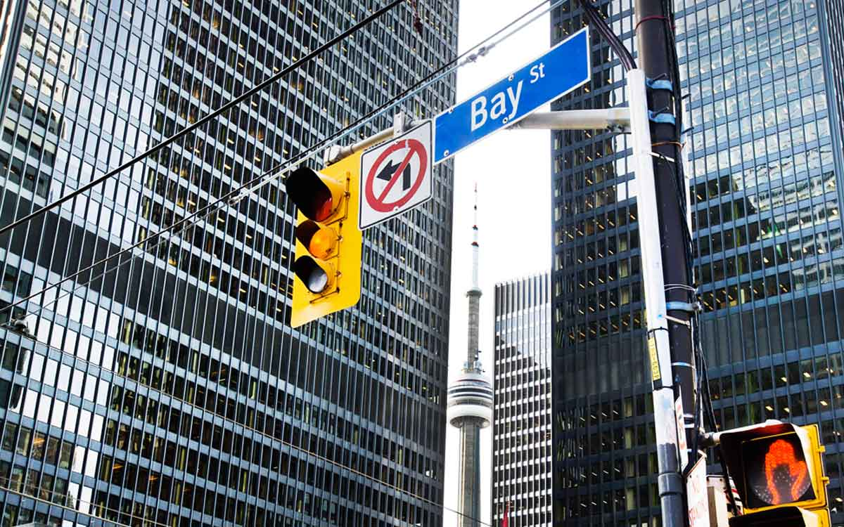 bay street intersection with buildings