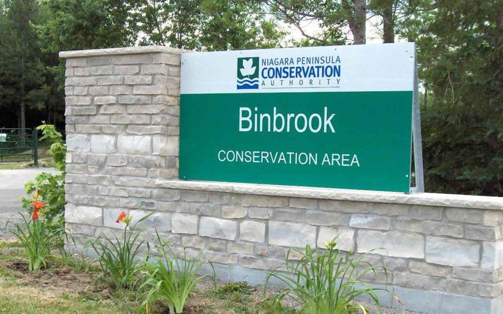 Binbrook entrance