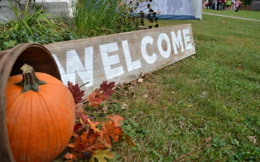 thanksgiving festival welcome sign