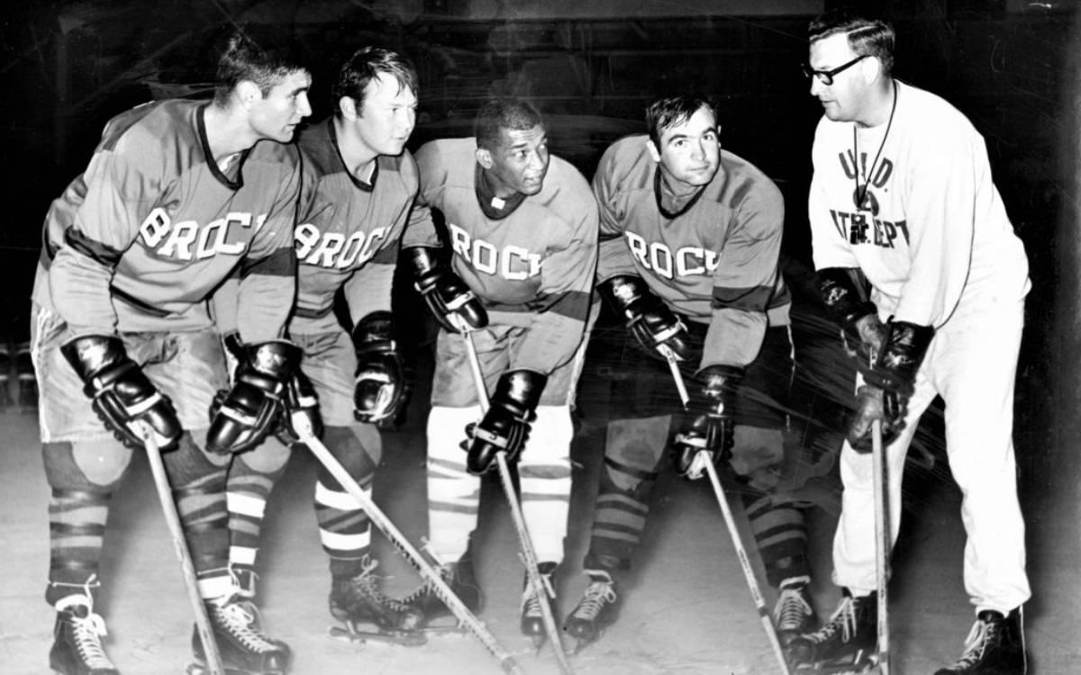 Brock Men's hockey team, 1968