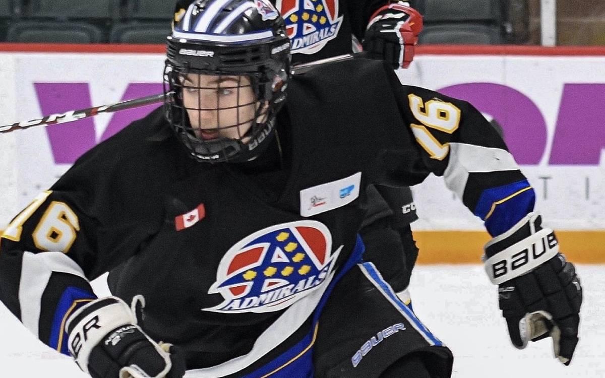 Dawson Lukey on the ice