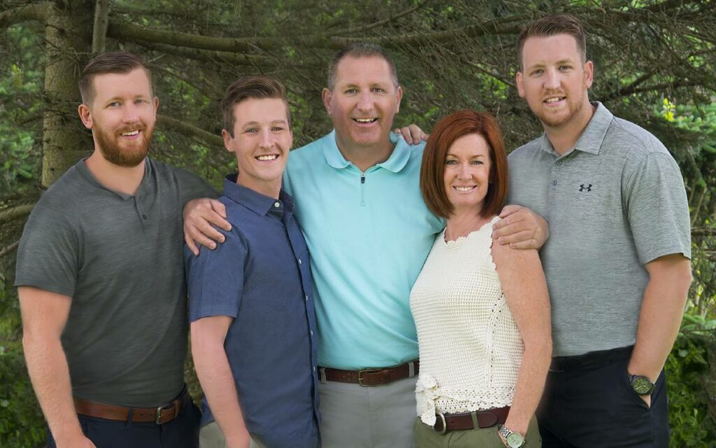 Mayor Bill Steele andfamily